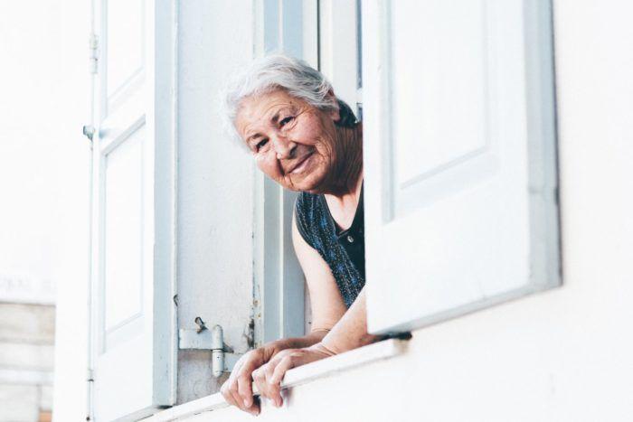 14% da população brasileira serão de idosas em 2020