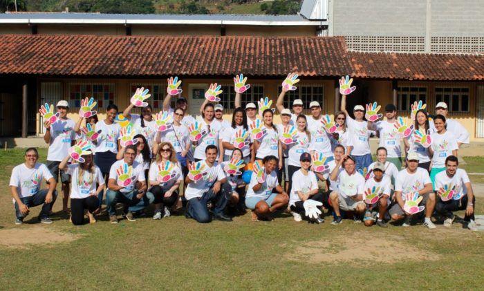 Voluntários promovem tarde de lazer no Asilo dos Velhos, em Vitória