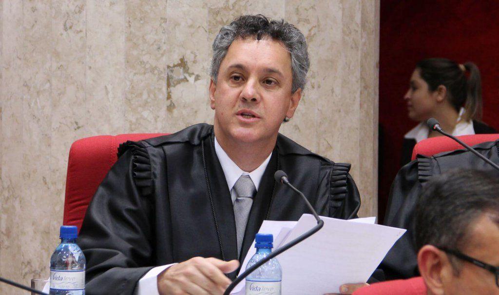 Desembargador da Lava Jato fala sobre combate à corrupção em Vitória